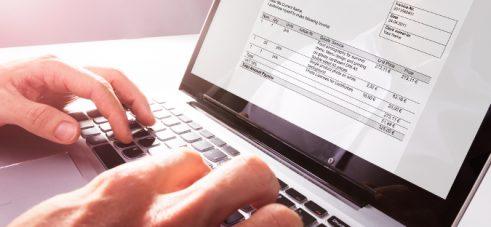 Blogi: Vältä riskit ja ennakoi muutokset verkkolaskutuksessa – päivitä Finvoice 3.0-versioon